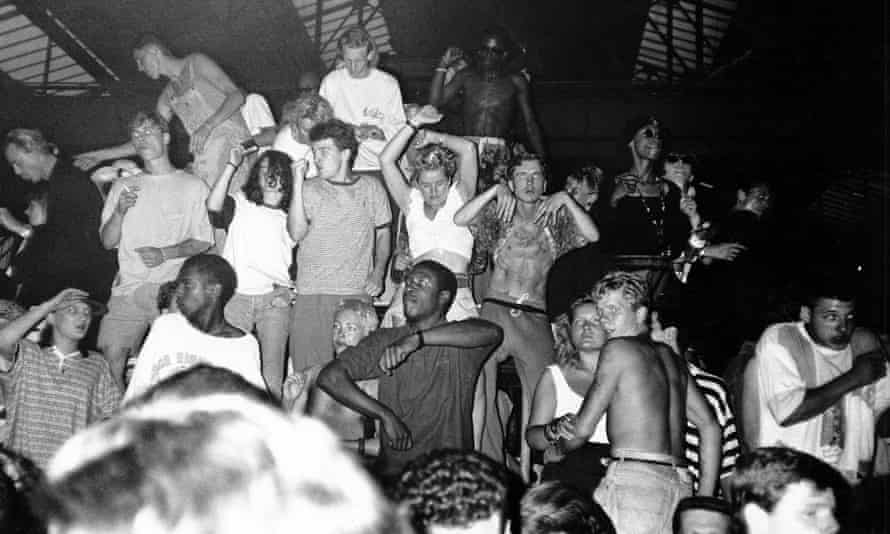People at a rave, 1989