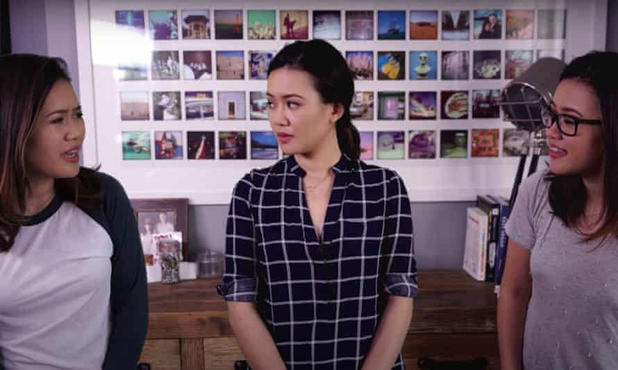 A still from Natalie Tran's YouTube video Good Photo Side