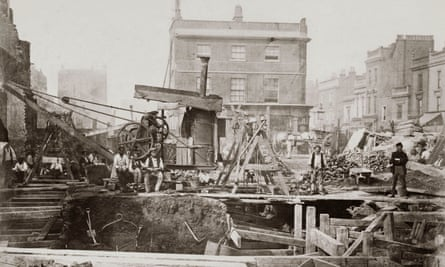 Construction of the Metropolitan Railway, Praed Street, London, 1866.