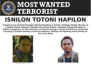 An FBI wanted notice for Isnilon Hapilon.