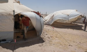 NRC is present in Al Iraq camp in Amiriyat Al- Fallujah, Anbar providing displaced families from Anbar and Fallujah with water, food parcels and hygiene kits.