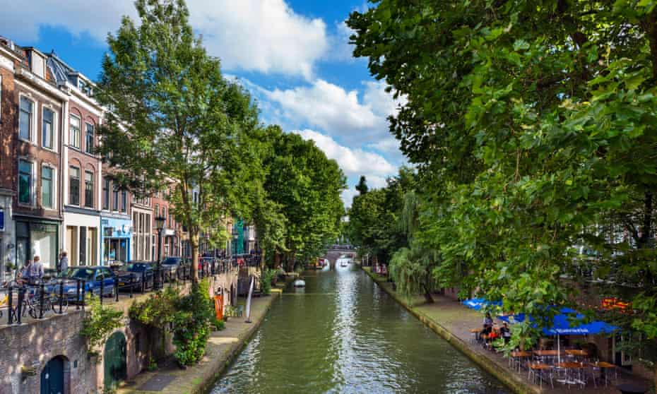 The Oudegracht (Old Canal) in Utrecht's city centre.