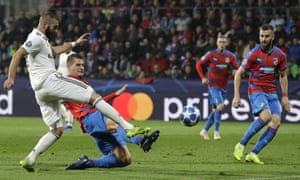 Karim Benzema scores the third goal as Real Madrid swept Viktoria Plzen aside.