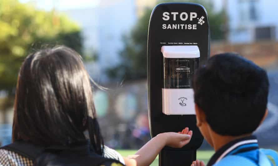 students use hand sanitiser melbourne