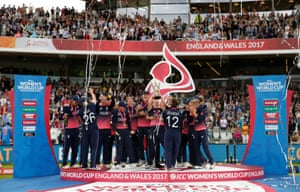 England celebrate winning the world cup.