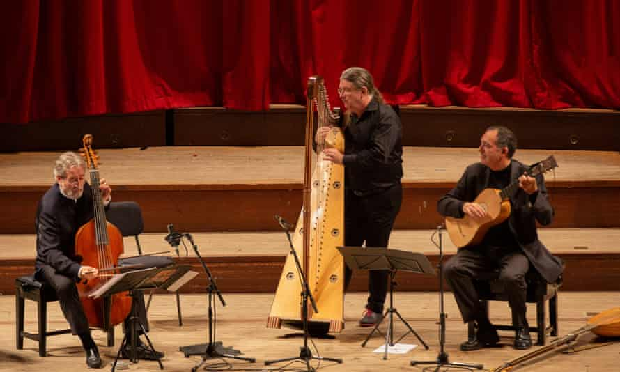 Jordi Savall, Andrew Lawrence-King and Xavier Díaz-Latorre at St John's Smith Square.