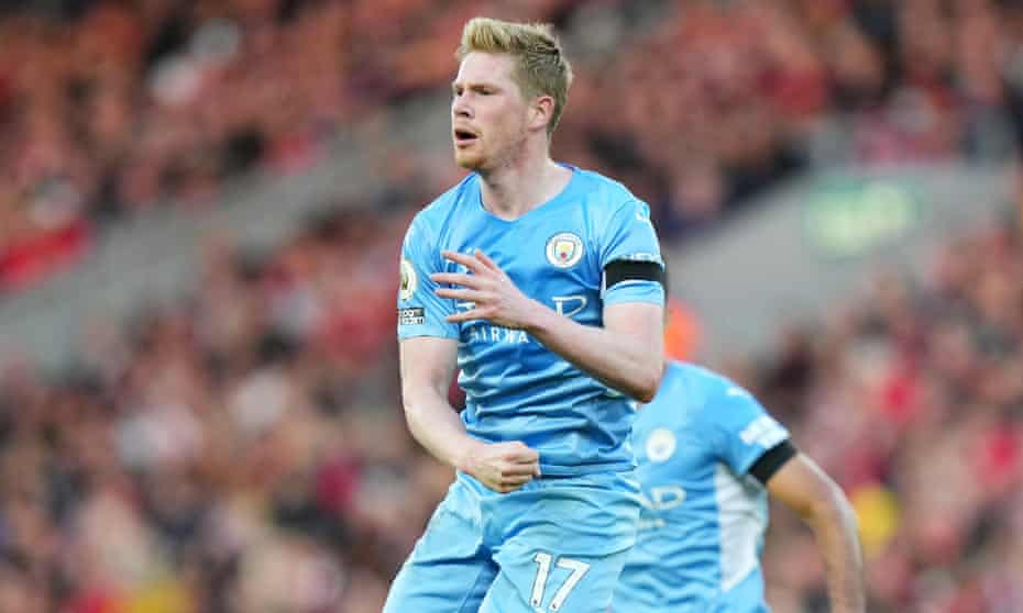 Kevin De Bruyne celebrates earning a point for Manchester City at Anfield.