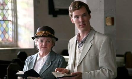 Julia McKenzie and Benedict Cumberbatch in Agatha Christie's Murder is Easy for ITV.