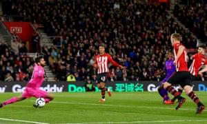 Shane Long gives Southampton an early lead