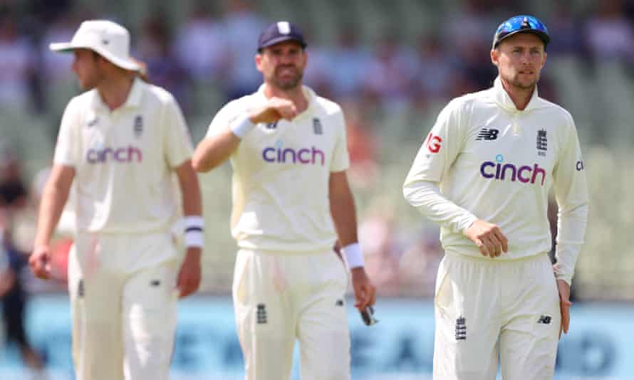 Joe Root leads his England players off after New Zealand had completed an eight-wicket win in the second Test.