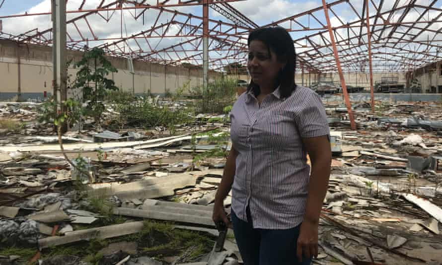 Lilibeth Sandoval at a now derelict textile mill Chávez toured in 2005