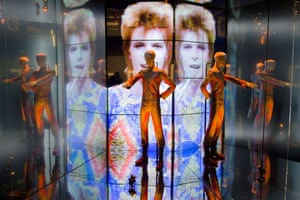 In 2013 the Victoria and Albert Musuem held a Bowie exhibition featuring over 300 objects including handwritten lyrics, original costumes, fashion, photography, film, music videos, set designs and Bowie's own instruments. Seen here is the Starman costume.