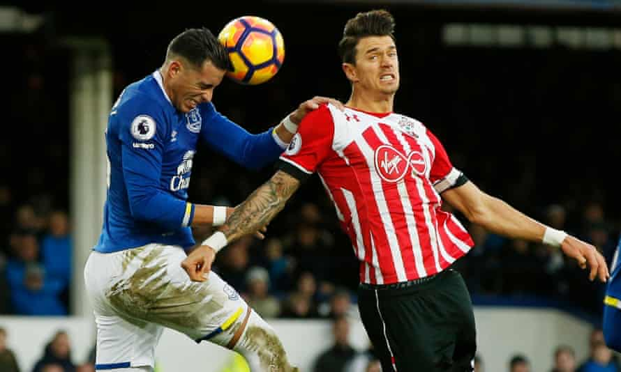 Southampton's José Fonte in action at Everton earlier this month.