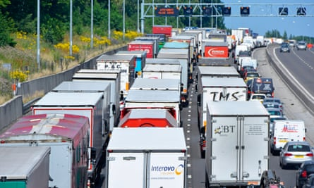 Four lane M25 motorway gridlocked with trucks