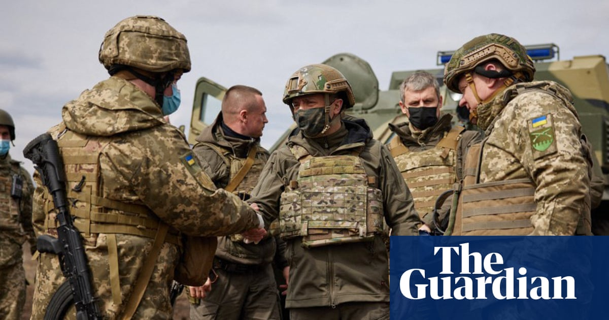 Kremlin officials say Russia 'will not stand aside' if Kyiv launches assault