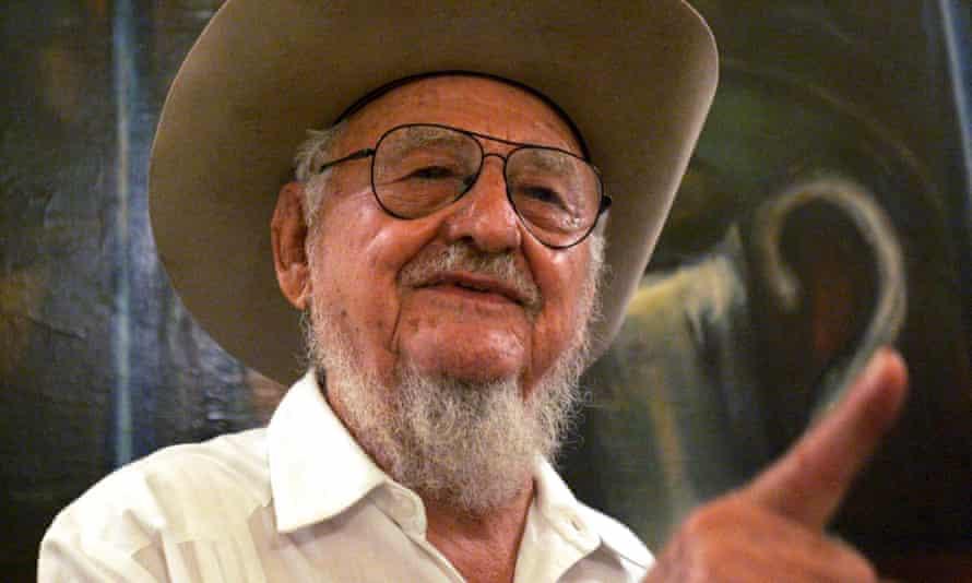 Ramón Castro speaks at an event in Havana in 2006.