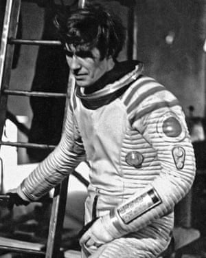 Stuntman Bill Weston recovering from oxygen deprivation after the stunt.