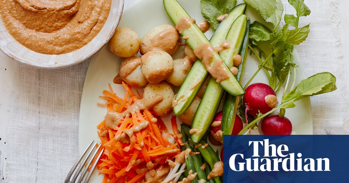 Sweet and sour salad, Indonesian style: Thomasina Miers' gado gado recipe
