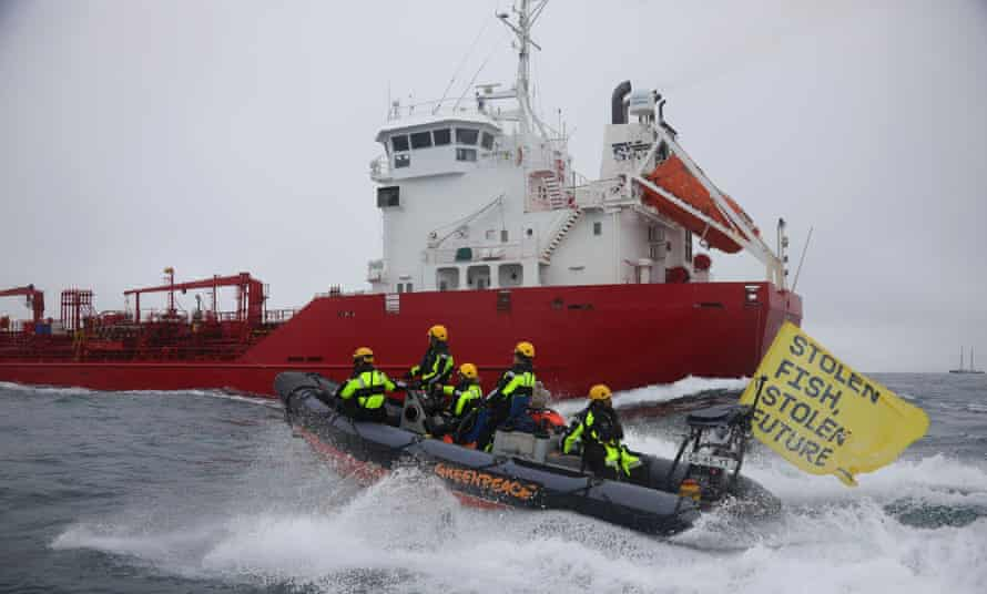 Greenpeace activists intercept the fish oil tanker Key Sund in the Channel.