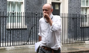 Dominic Cummings leaving Downing Street with his shirt hanging out