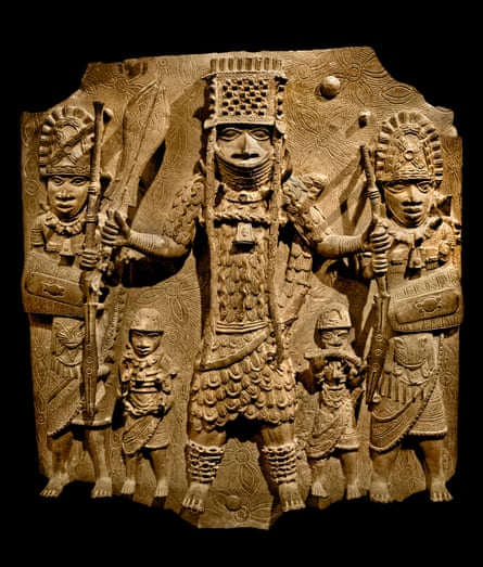 Bronze plaque showing the Oba of Benin, 16th century.