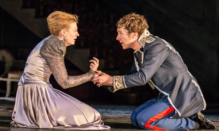 Benedict Cumberbatch and Anastasia Hille on stage.