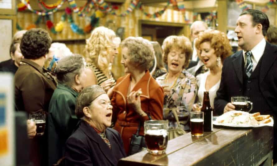 A scene from Coronation Street in 1974, with (left to right) Ena Sharples [Violet Carson], Mavis Riley [Thelma Barlow], Hilda Ogden [Jean Alexander], Rita Bates [Barbara Knox] and Alf Roberts [Bryan Mosley].