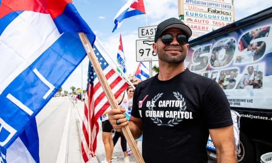 Enrique Tarrio at rally