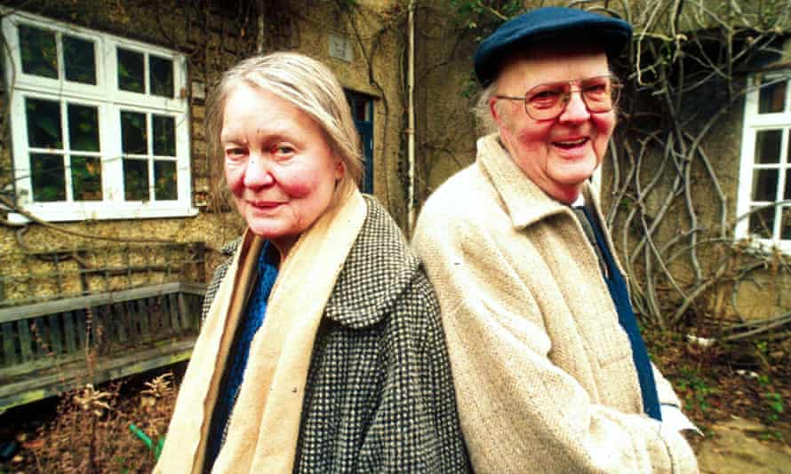 Murdoch with her husband, John Bayley, in 1997. Photograph: Rob Judges/Rex