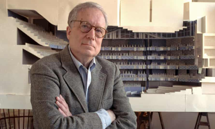 Robert Venturi in his office in 1991 with a model of a new hall for the Philadelphia Orchestra.