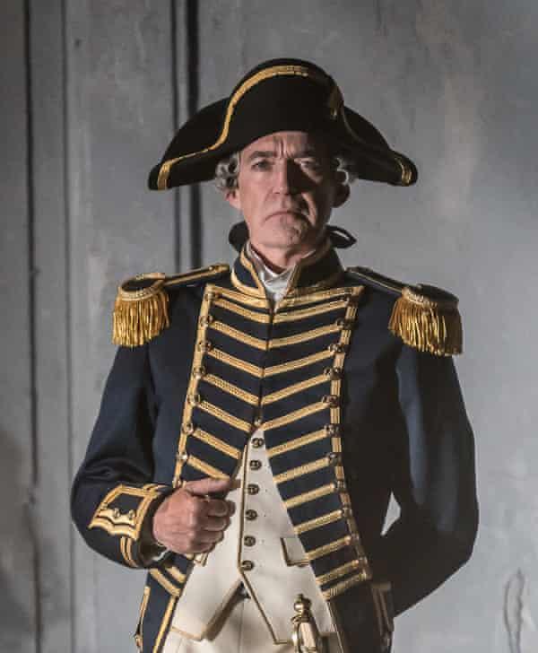 Alan Oke as Captain Vere.