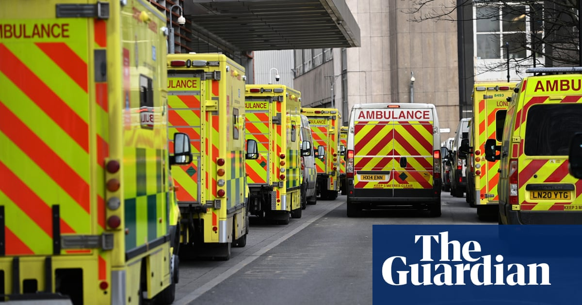 Act now or NHS could be overwhelmed this winter, report warns