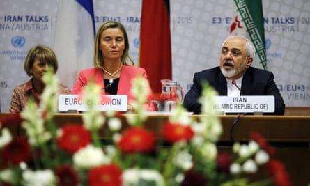 Federica Mogherini alongside Mohammad Javad Zarif