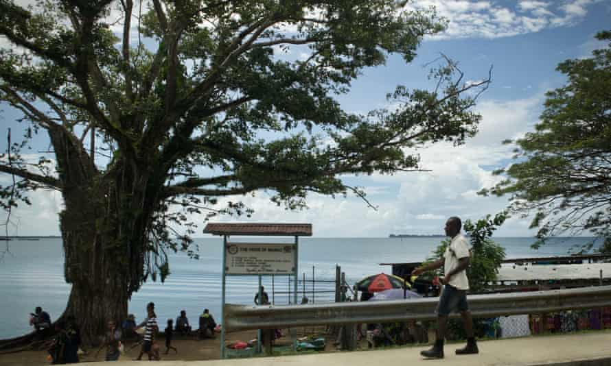 The town of Lorengau on Manus Island, Papua New Guinea. The 120 of so remaining refugees held there received notices on Monday informing them that they can move to Port Moresby.