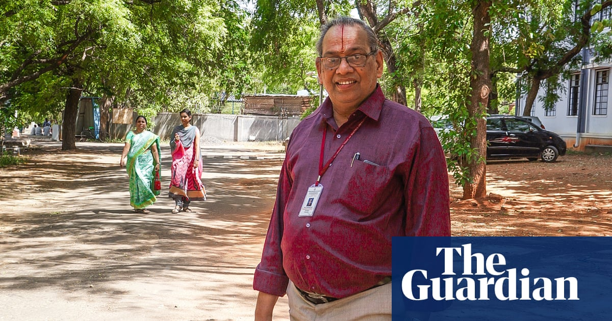 The man who paves India's roads with old plastic | World