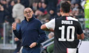 Maurizio Sarri issues instructions to Paulo Dybala during the win over Roma.
