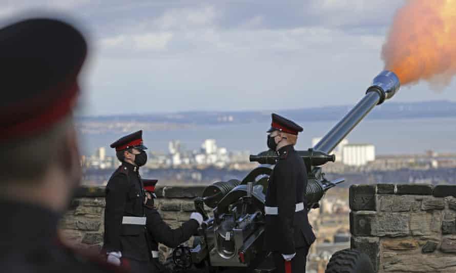 A gun salute to commemorate Prince Philip, at Edinburgh Castle