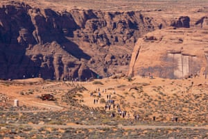 The 1.3 mile trail to Horseshoe Bend.