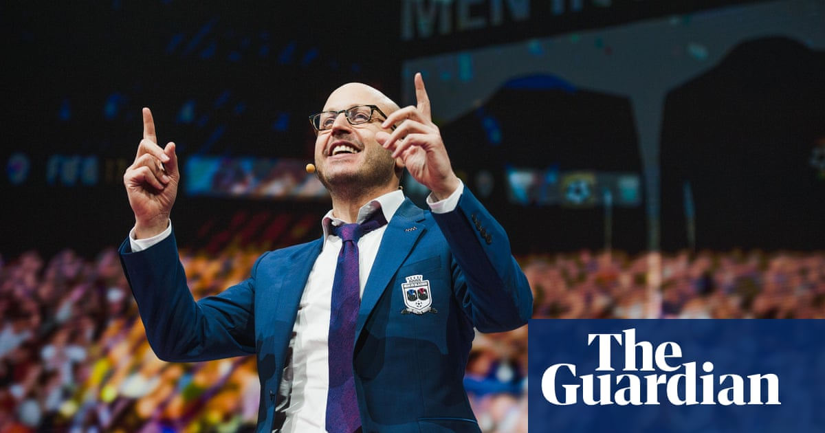 Men in Blazers' Roger Bennett: 'It's a universal coming-of-age impulse to romanticize what you're not'