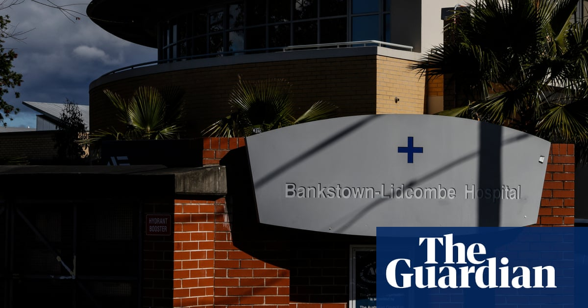 Sydney hospital employee under investigation for allegedly posing as a doctor for eight months