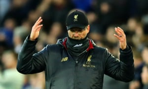 Jürgen Klopp shows his frustration during Liverpool's goalless draw at Everton