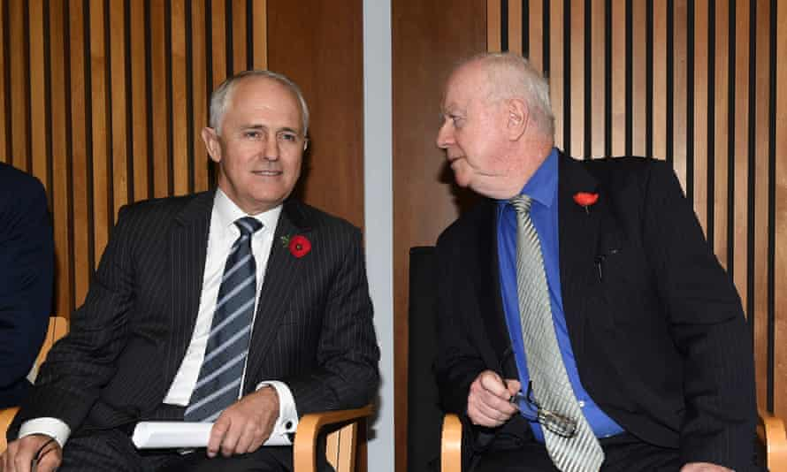 Malcolm Turnbull (left) with Paul Kelly.