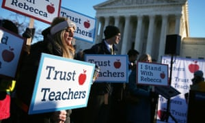People against the California Teachers Union rally in front of the US Supreme Court building January 11, 2016 in Washington, DC. There are another 27 anti-union cases pending