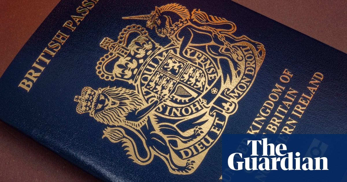 Travellers warned of up to 10-week wait for British passports