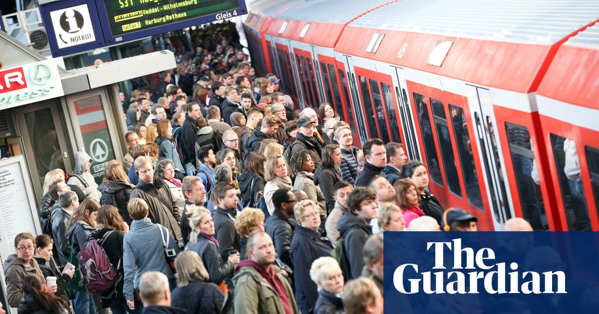 Why German trains don't run on time any more   World news