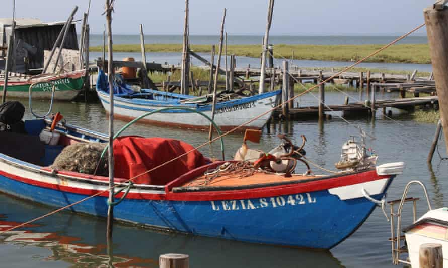 The stilted harbour at Carrasqueira