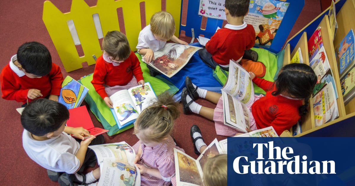 Department of Education criticised for secretly sharing children's data