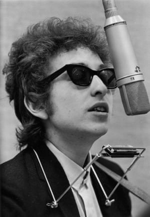 Bob Dylan recording Blonde on Blonde.