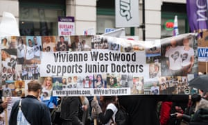 Banner reading 'Vivienne Westwood supports junior doctors' at a student nurses and midwives rally