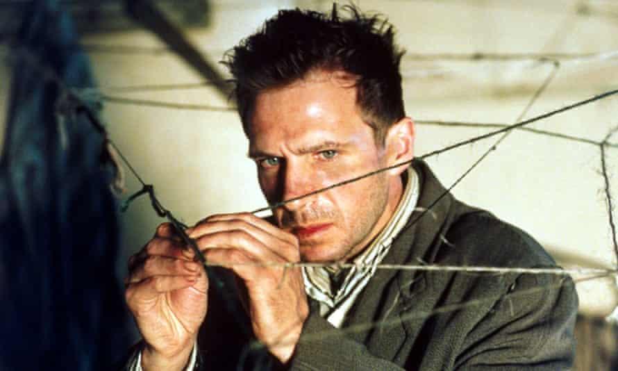 Ralph Fiennes in Spider.